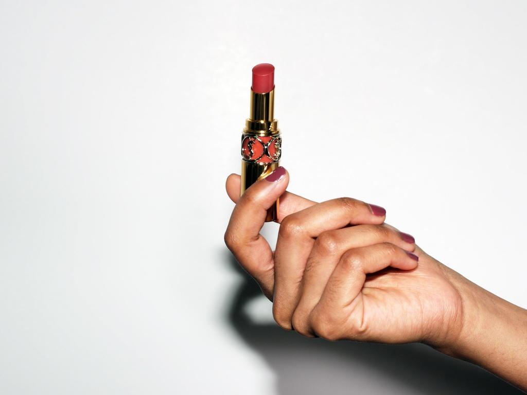 YSL Beauty Rouge Volupté Shine in 86 Mauve Cuir